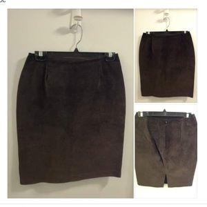 Danier Genuine Leather 6 👢20% off in a Bundle
